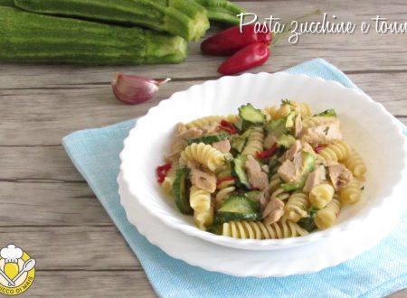 Pasta zucchine e tonno in bianco