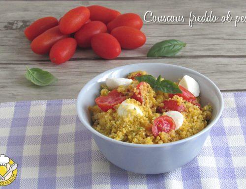 Couscous freddo al pesto con pomodoro e mozzarella