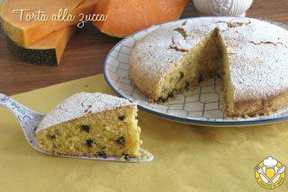 ricette con la zucca torta alla zucca grattugiata con gocce di cioccolato ricetta dolce soffice da colazione il chicco di mais
