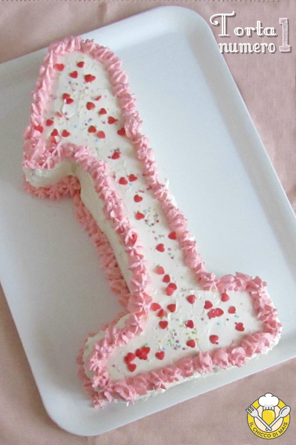 V_ torta numero 1 torta primo compleanno bambina a strati bianca e rosa il chicco di mais