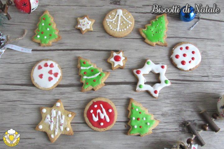 Biscotti di Natale decorati con glassa colorata ricetta biscotti natalizi anche senza glutine il chicco di mais