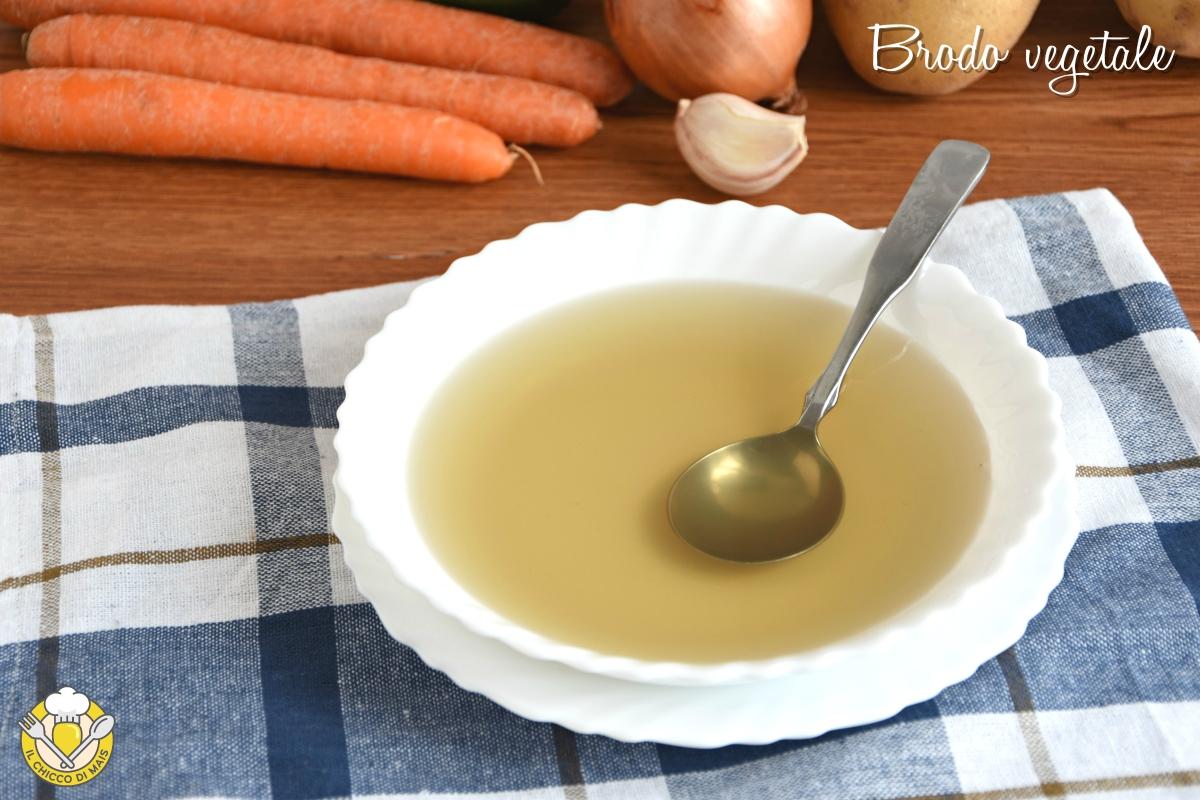 brodo vegetale ricetta base tradizionale e in pentola a pressione consigli svezzamento il chicco di mais