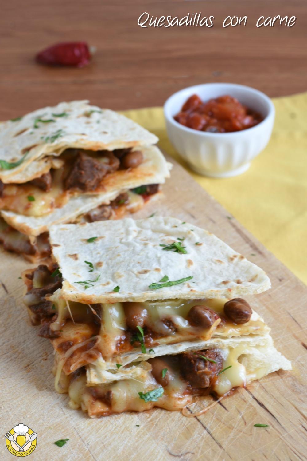 v_ quesadillas con carne ricetta messicana tortillas ripiene di formaggio il chicco di mais
