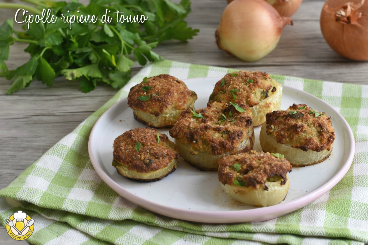 cipolle ripiene di tonno gratinate al forno ricetta antipasto economico il chicco di mais