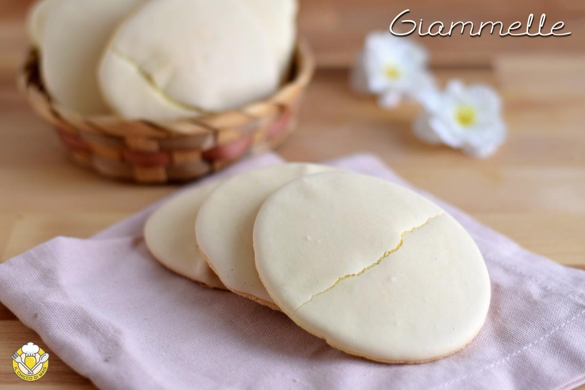 Giammelle o ciambelle siciliane all'uovo ricetta biscotti tipo savoiardi a bagnomaria il chicco di mais