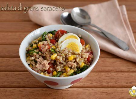 Insalata di grano saraceno con tonno e verdure