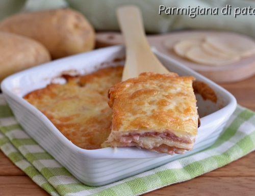Parmigiana di patate e prosciutto cotto senza besciamella