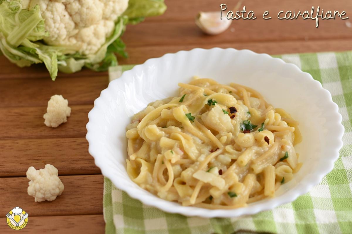 pasta e cavolfiore alla napoletana cremosa risottata con pasta mista ricetta facile il chicco di mais