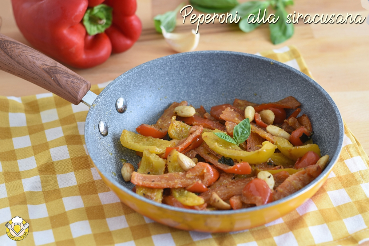 peperoni alla siracusana in padella con pangrattato e mandorle ricetta facile e veloce il chicco di mais