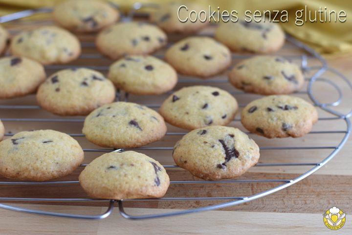 cookies senza glutine con gocce di cioccolato ricetta con farine naturali glutenfree di riso e mais il chicco di mais