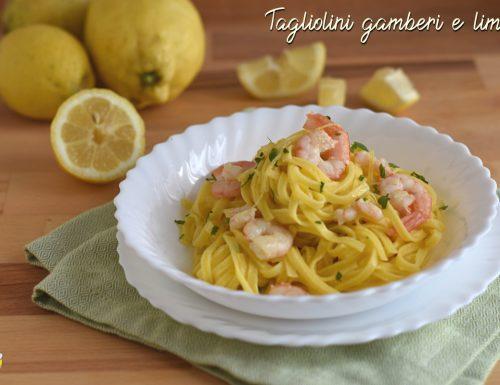 Tagliolini al limone con gamberi