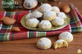 dolci di natale biscotti palle di neve alle mandorle ricetta tradizionale e senza glutine per Natale il chicco di mais