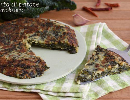 Torta di patate e cavolo nero in padella