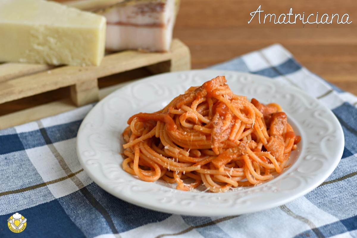 pasta alla amatriciana ricetta originale di Amatrice cucina romana cucina laziale il chicco di mais