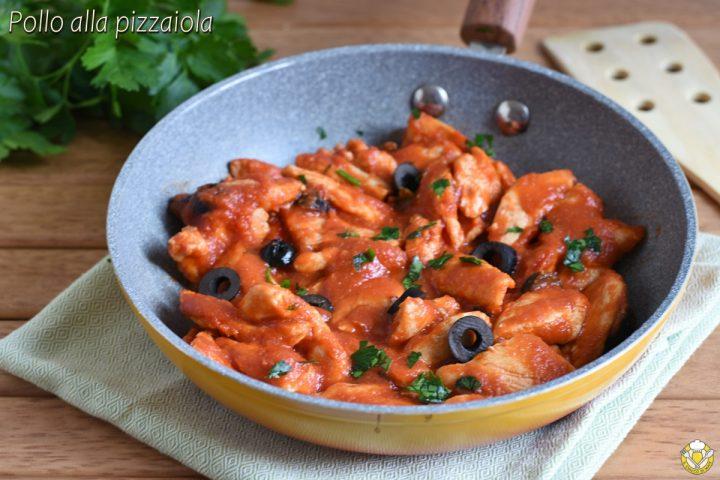 straccetti di pollo alla pizzaiola ricetta facile e veloce con pomodoro olive e capperi il chicco di mais