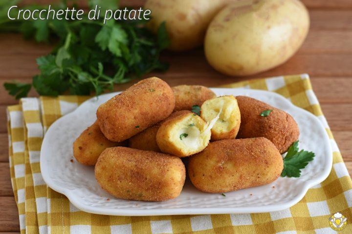 crocchette di patate con mozzarella al forno o fritte con il trucco per non farle aprire in cottura il chicco di mais