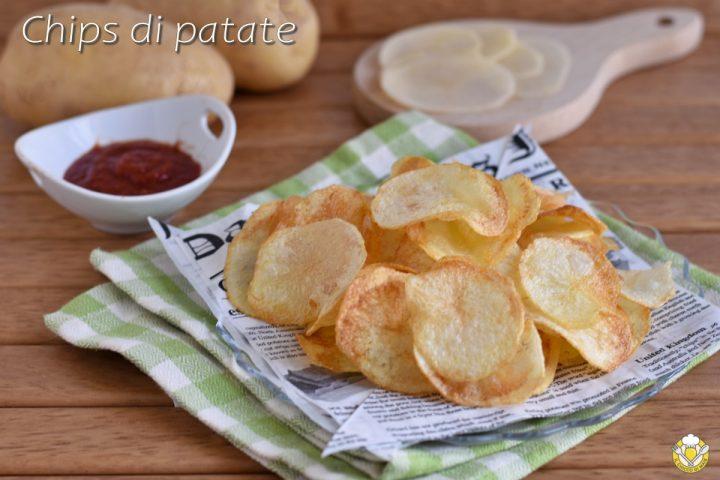 chips di patate fritte a sfoglia fatte in casa trucco per farle croccanti e bollose ricetta il chicco di mais