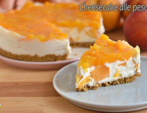 Cheesecake alle pesche senza cottura
