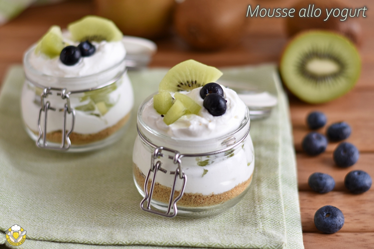 Ricette Veloci Yogurt Greco.Mousse Allo Yogurt Con Frutta Fresca Ricetta Dolce Veloce Senza Gelatina