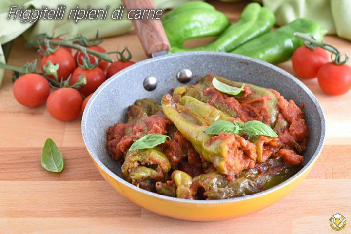 peperoni friggitelli ripieni di carne cotti in padella con pomodoro fresco ricetta estiva il chicco di mais
