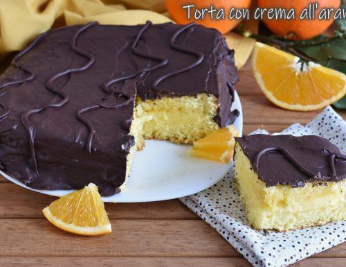 Torta con crema all'arancia e cioccolato