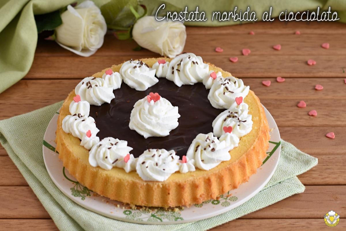 crostata morbida farcita con crema al cioccolato e panna montata ricetta facile e veloce il chicco di mais