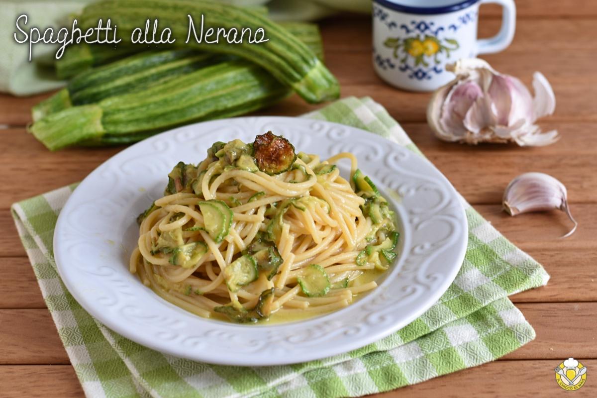 spaghetti alla nerano con zucchine e provolone ricetta costiera amalfitana il chicco di mais