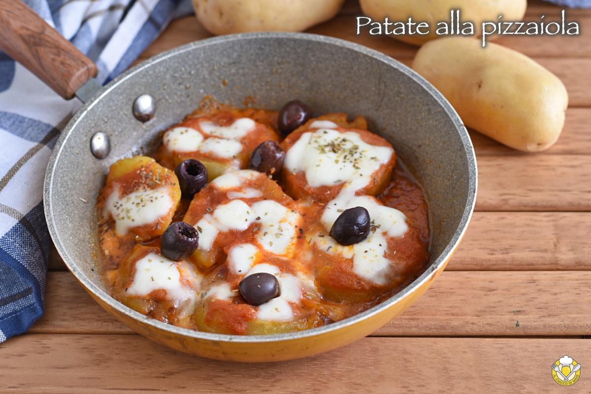 patate alla pizzaiola in padella con olive ricetta contorno ricco sfizioso il chicco di mais