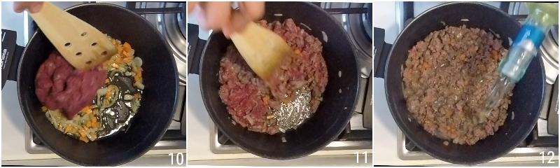 moussaka greca ricetta originale con patate e melanzane fritte e strato alto di besciamella il chicco di mais 4 cuocere la carne