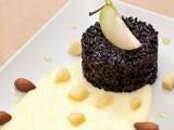 riso-nero-con-fonduta-di-Valcasotto-burro-occelli-mela-verde-e-mandorle