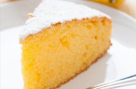 Torta al limone per intolleranti al latte