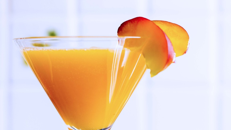 Storia del bellini for Cocktail etymology