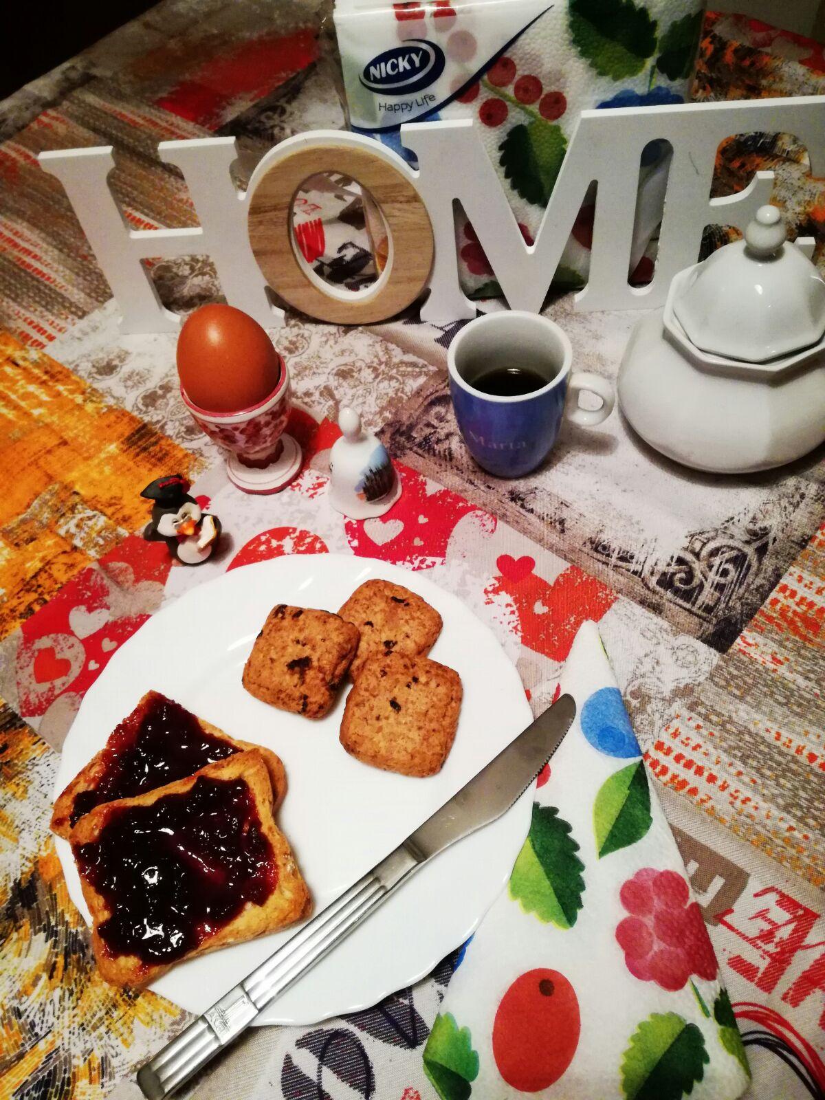 Una prima colazione con i tovaglioli dell'azienda Nicky