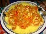 Cous Cous alle verdure, pollo e curry