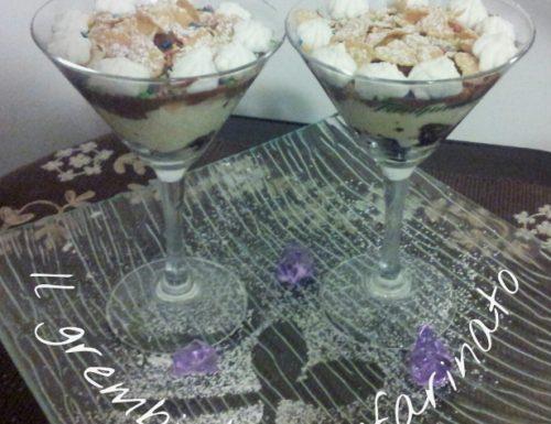 Coppe di crema pasticcera. Variante con panna e cioccolato.
