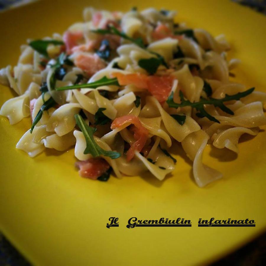 Pasta salmone, rucola e zenzero.