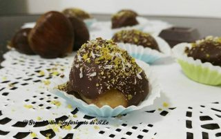 castagne glassate al cioccolato