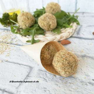 Polpette di quinoa siciliani e mandorle