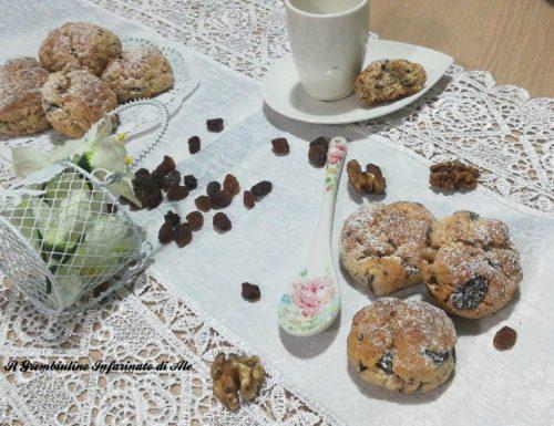Biscotti al limone e frutta secca