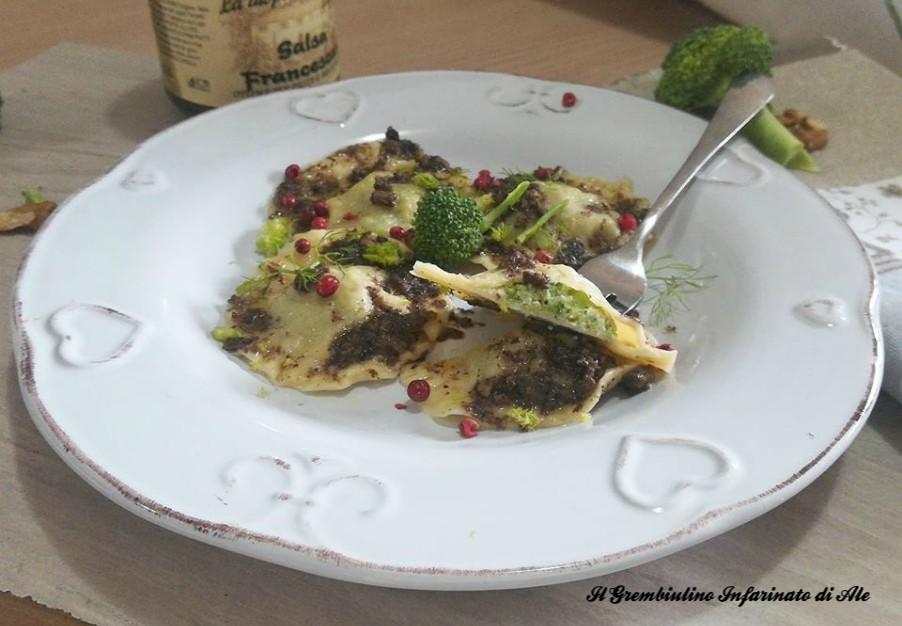 Tortelli broccoletti ricotta e noci