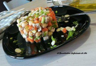Tartara vegetariana agli agrumi e mandorle