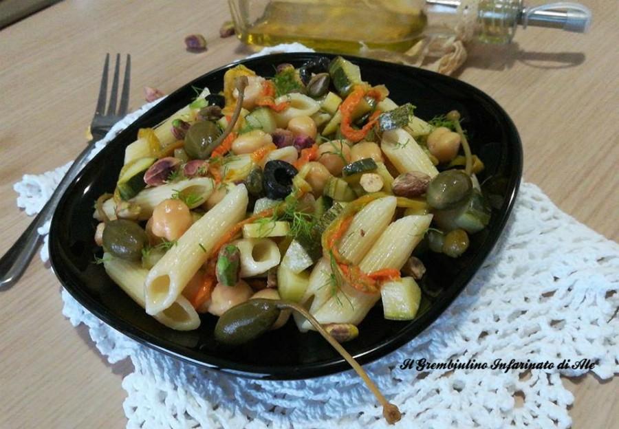 Penne ai fiori di zucca e pistacchi