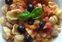 Gnocchi con tonno,peperone e olive