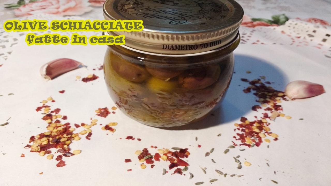 olive schiacciate fatte in casa