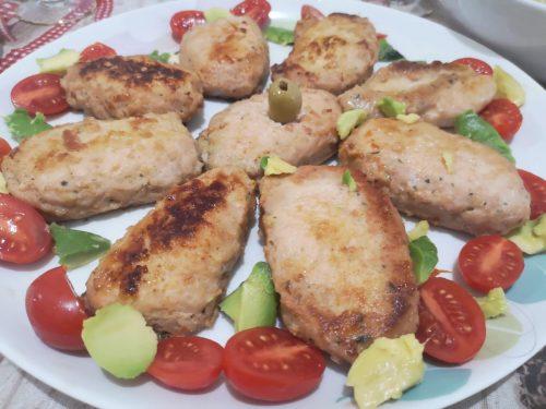 Il piatto di carne per le feste, di grande effetto e buonissimo,  da preparare con un polpettone pronto