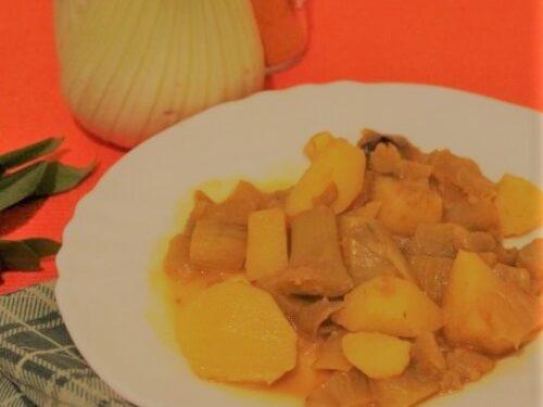 Finocchi e patate in umido con alloro e curcuma