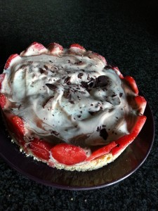 torta gelato con fragole