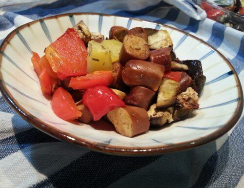 Wrüstel di Seitan con patate e verdure al forno