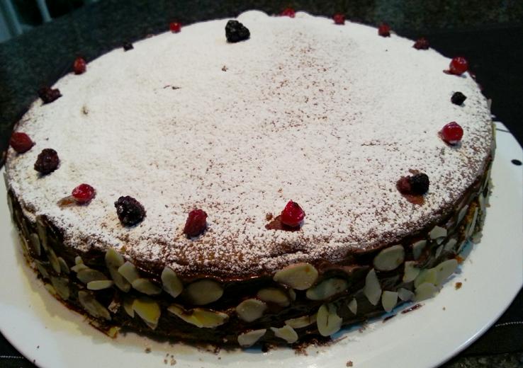 torta soffice frutti di bosco e cioccolato