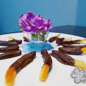 Bucce di arance e mango al cioccolato